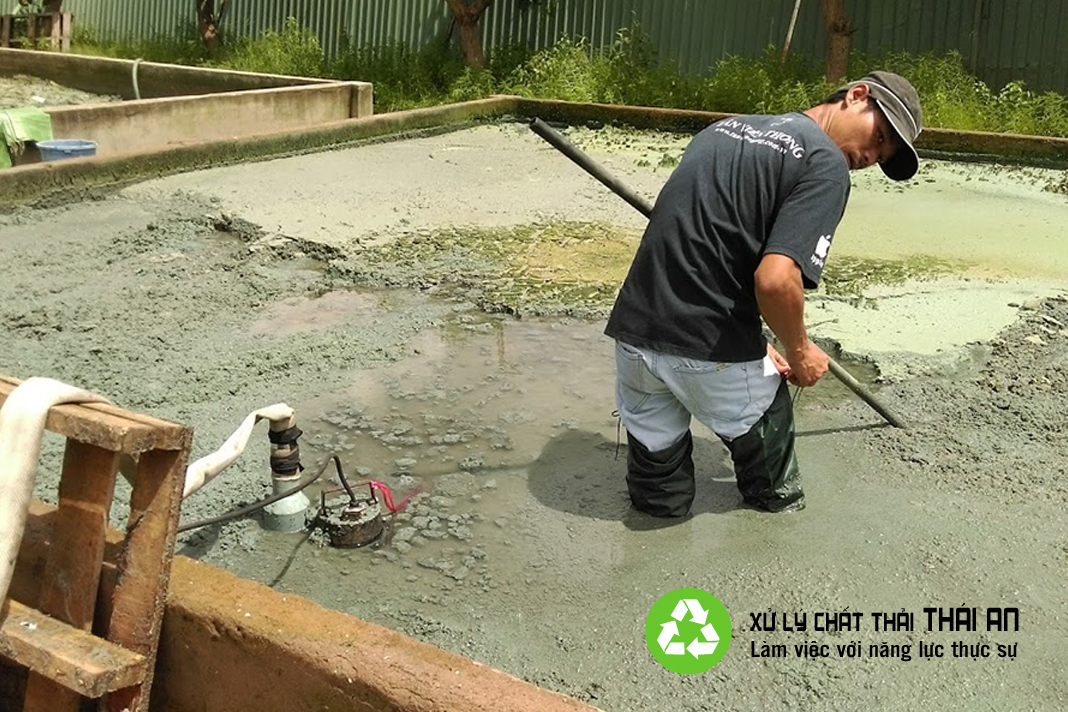 Bùn lỏng công nghiệp
