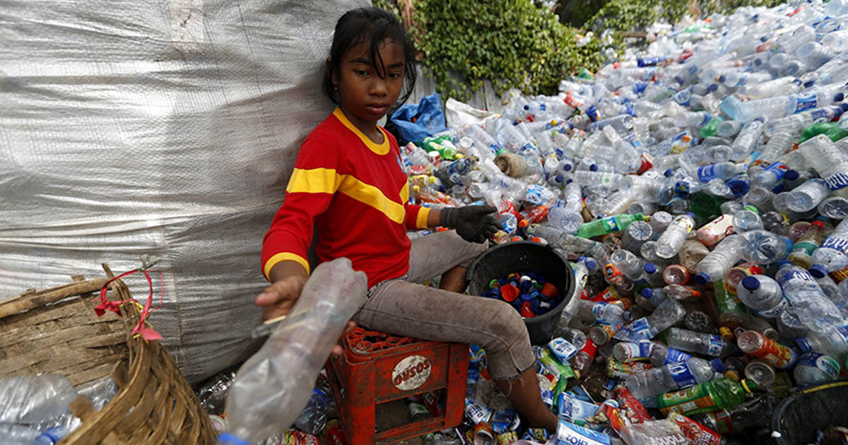 Rác thải nhựa tăng cao hơn vào năm 2050