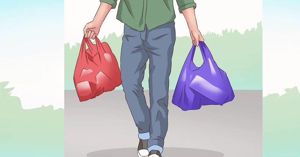 Bạn cũng có thể sử dụng túi nhựa làm túi rác trong xe hơi.